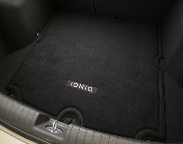 Hyundai Ioniq Cargo Mat And Cargo Tray Options Electric
